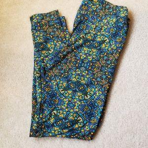 Lularoe leggings print yellow blues tall curvy